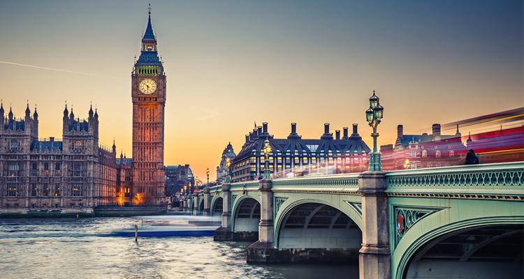 لندن العرض الماسى 3 ليالى