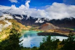 اندونيسيا عرض الربيع